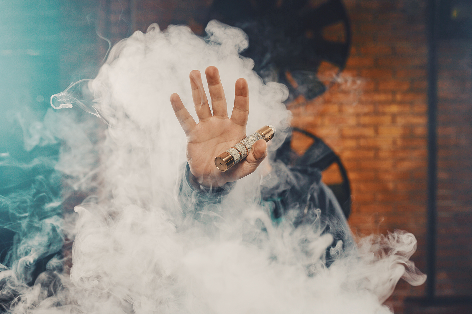 WHY VAPE BECAME A TREND.